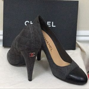 ❤️💗Authentic Chanel Heel Shoes💖💗🔴